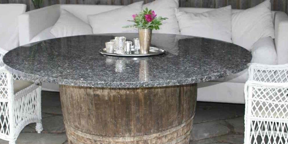 Rundt bord i Silver Pearl
