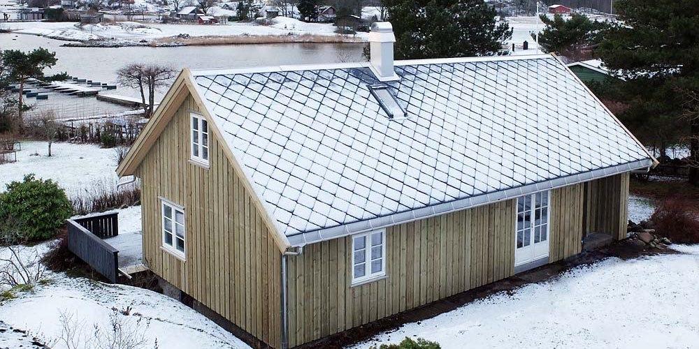 Skifertak med snø i Vestfold