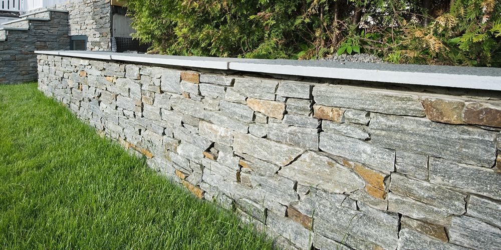 Stone wall forblendingsstein