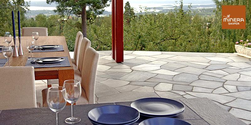 Minera terrasse med spiseplass