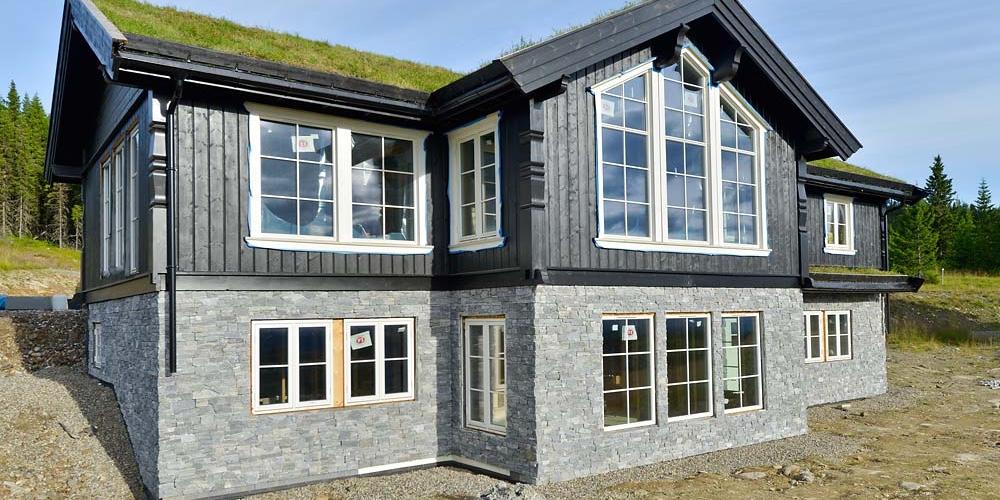 Eikås Hytter & Hus med steinpanel fra Stoneart _VA02141_ok